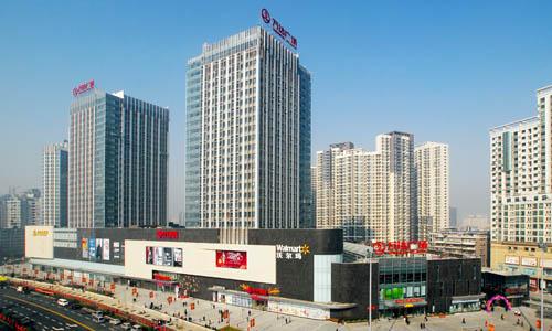 位于武汉市江汉区,东临新华下路